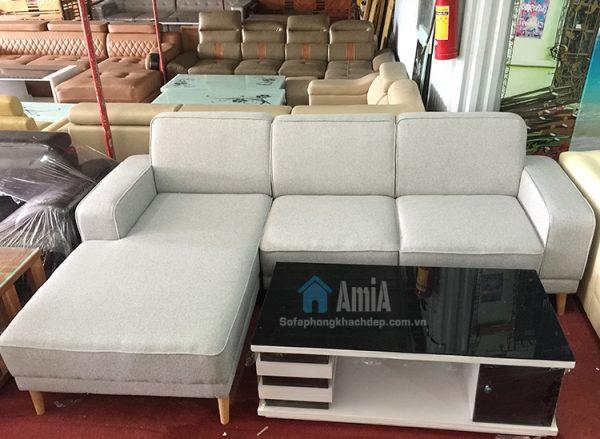 Hình ảnh Mẫu ghế sofa nỉ phòng khách đẹp hiện đại kết hợp với bàn trà đẹp