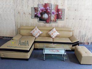 Hình ảnh Mẫu ghế sofa da phòng khách đẹp chụp tại Tổng kho Nội thất AmiA
