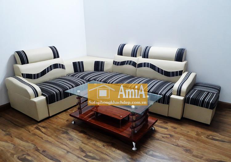 Hình ảnh Sofa da nhỏ giá rẻ kết hợp cùng bàn trà kính đẹp