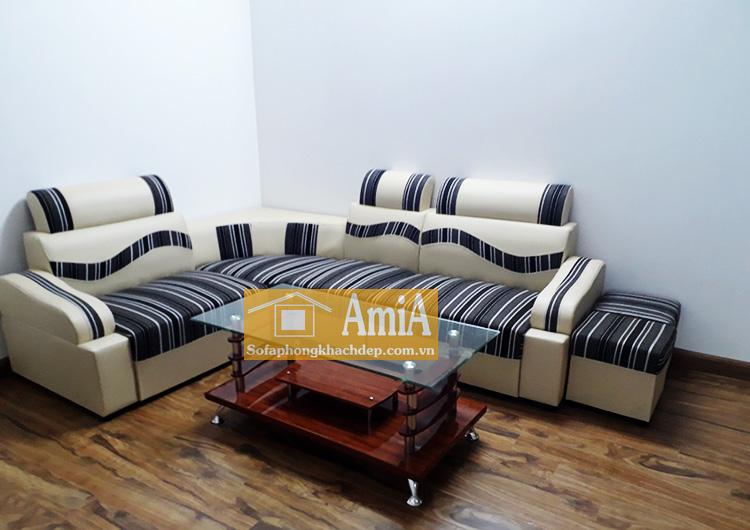 Hình ảnh Sofa da phòng khách giá rẻ chụp tại nhà khách hàng