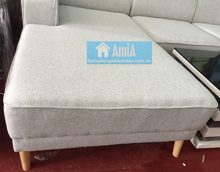 Hình ảnh Sofa nỉ đẹp phòng khách với chân đế gỗ