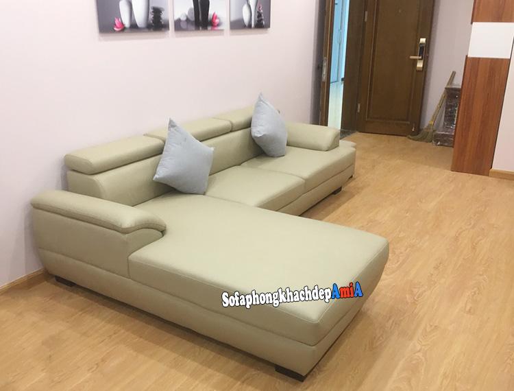 Hình ảnh Sofa da đẹp cho phòng khách bài trí sát tường tiết kiệm diện tích cho phòng khách nhỏ