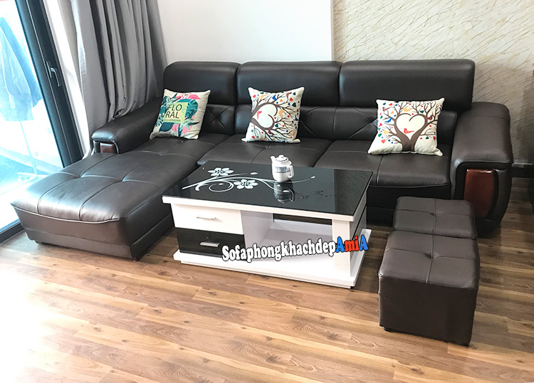 Hình ảnh Sofa da phòng khách nhỏ chữ L tiết kiệm diện tích khi bài trí sát tường