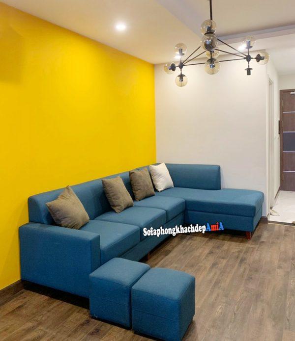 Hình ảnh Mẫu sofa góc nỉ đẹp cho phòng khách hiện đại và sang trọng với gam màu xanh cô ban