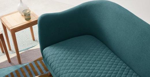 Hình ảnh chi tiết ghế sofa văng đẹp kích thước nhỏ xinh xắn