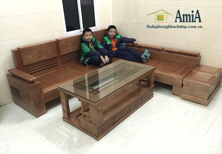 Hình ản mẫu Ghế sofa chữ L gỗ phòng khách đẹp gia đình Việt