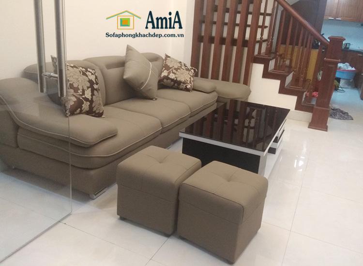 Hình ảnh Ghế sofa văng da hiện đại giá rẻ kê cho phòng khách nhà phố