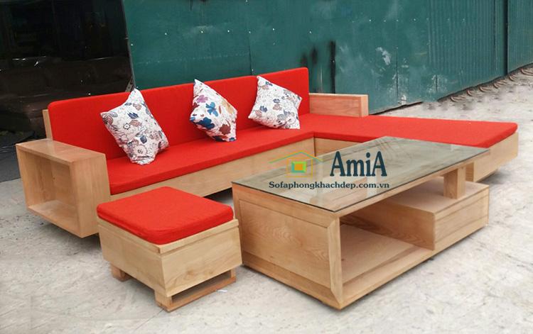 Hình ảnh Mẫu sofa gỗ đẹp cho phòng khách nhà chung cư, nhà phố