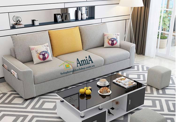 Hình ảnh Mẫu sofa nỉ đẹp 3 chỗ gam màu ghi sáng dễ bài trí trong căn phòng