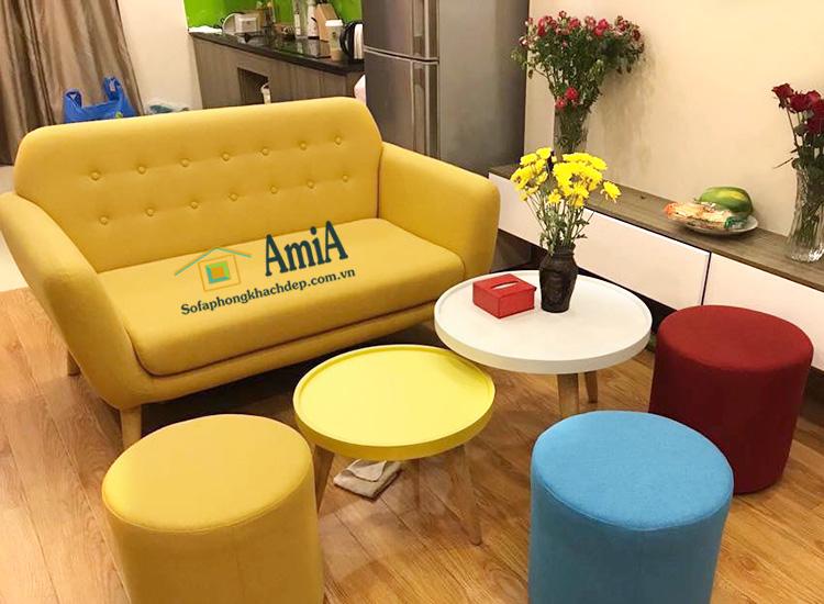Hình ảnh Mẫu sofa văng đẹp Hà Nội với gam màu vàng hiện đại, trẻ trung