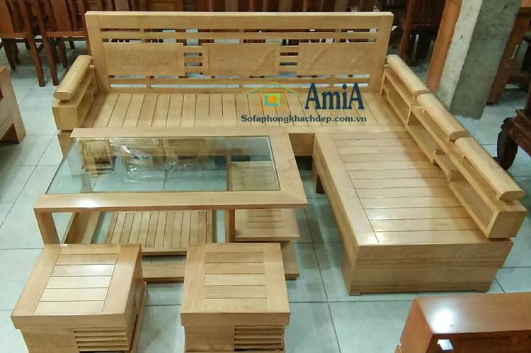 Hình ảnh Sofa gỗ đẹp góc chữ L kết hợp bàn trà gỗ kính