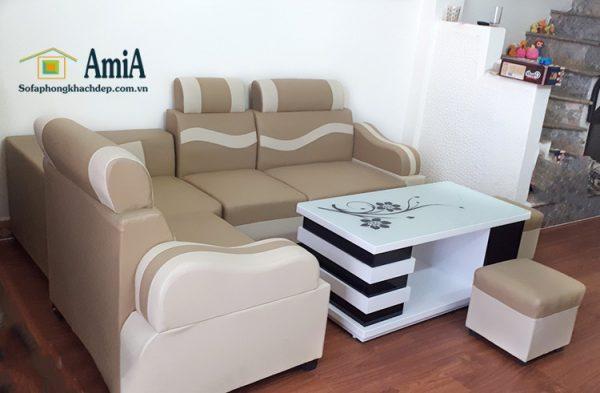 Hình ảnh Sofa phòng khách giá rẻ đẹp bài trí cùng bàn trà sofa đẹp gia đình
