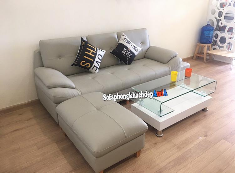 Hình ảnh Bàn ghế sofa cho nhà nhỏ với mẫu ghế sofa văng da 3 chỗ và bàn trà kính giá rẻ nhỏ xinh