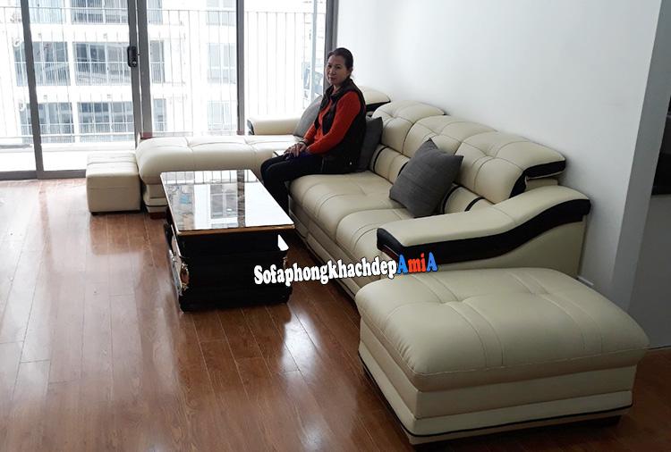 Hình ảnh Bộ sofa góc da phòng khách chung cư màu trắng sữa đẹp