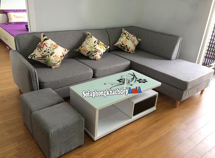 Hình ảnh Sofa góc nỉ chữ L phòng khách chung cư bài trí góc phòng giúp tận dụng diện tích tối đa