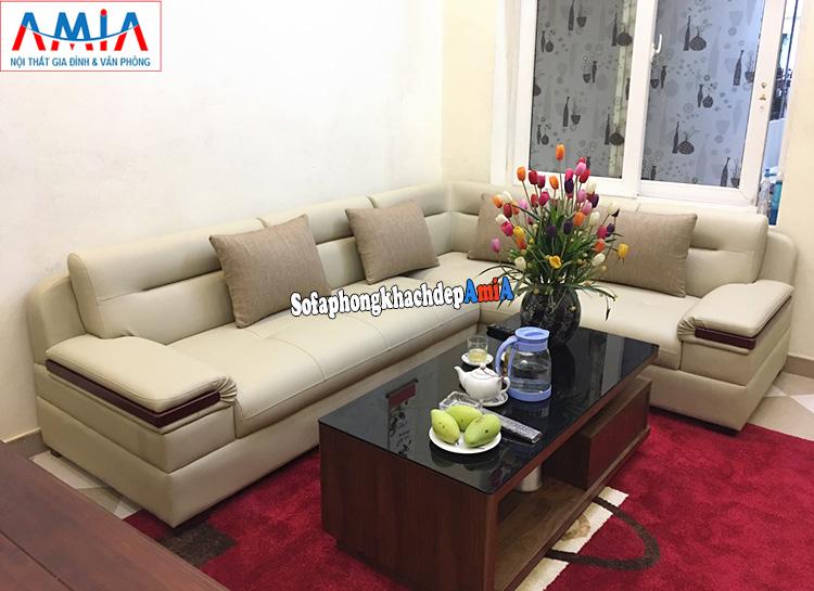 Hình ảnh Sofa góc phòng khách đẹp hiện đại nhà phố AmiA 201 với chất liệu da dễ vệ sinh, lau chùi, không thấm nước