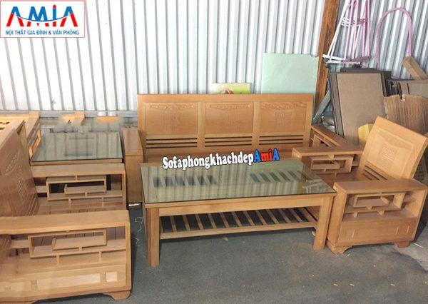 Hình ảnh bàn ghế sofa gỗ Sồi cho phòng khách hiện đại gia đình