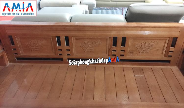 Hình ảnh Ghế sofa gỗ Sồi đẹp thiết kế hoa văn đẹp mắt cho phòng khách