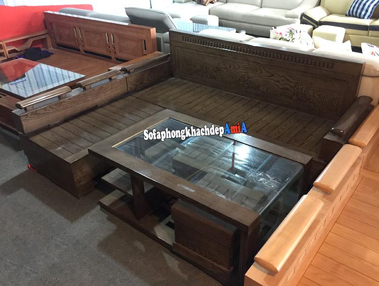Hình ảnh Sofa gỗ cho phòng khách với gam màu nâu đen đẹp hiện đại