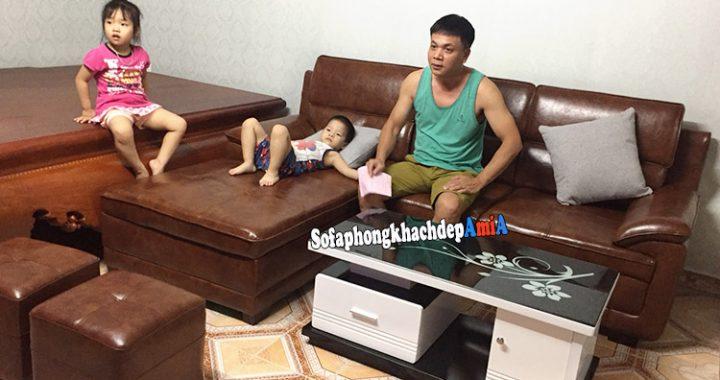 Hình ảnh Ghế sofa phòng khách cho nhà có trẻ nhỏ