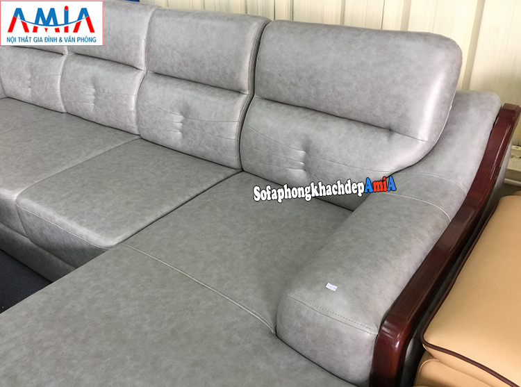 Hình ảnh chi tiết phần tay ghế sofa da góc đẹp phòng khách lớn cao cấp