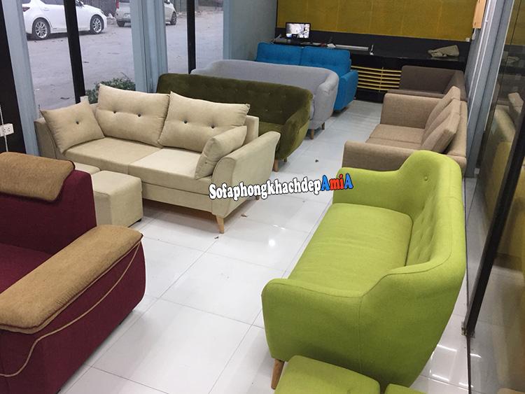 Hình ảnh Cực nhiều mẫu sofa nhỏ xinh cho phòng khách nhỏ chụp thực tế tại Tổng kho sofa AmiA