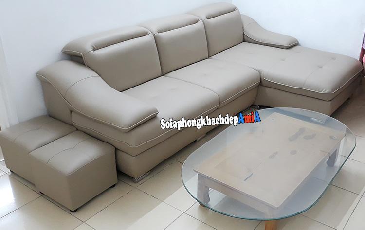 Hình ảnh Bàn ghế sofa phòng khách nhỏ giá rẻ thiết kế dạng ghế sofa văng 3 chỗ
