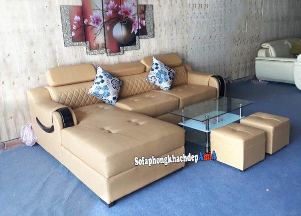 Hình ảnh Ghế sofa da đẹp phòng khách chữ L chụp tại tổng kho sofa AMiA