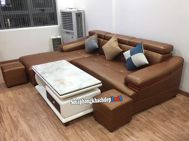 Hình ảnh Mẫu sofa màu da bò đẹp hiên đại thiết kế hình chữ L bài trí sát tường