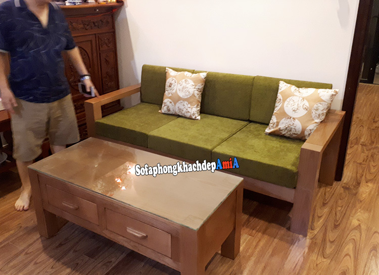 Hình ảnh Bộ bàn ghế sofa gỗ phòng khách hiện đại cho nhà chung cư đẹp