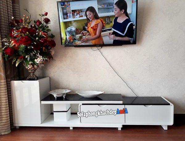 Hình ảnh kệ tivi đơn giản kích thước nhỏ cho phòng khách đẹp