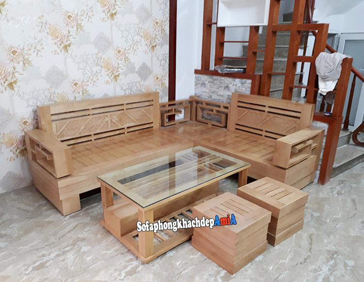 Hình ảnh Ghế sofa gỗ góc phòng khách hiện đại tận dụng diện tích phần góc căn phòng